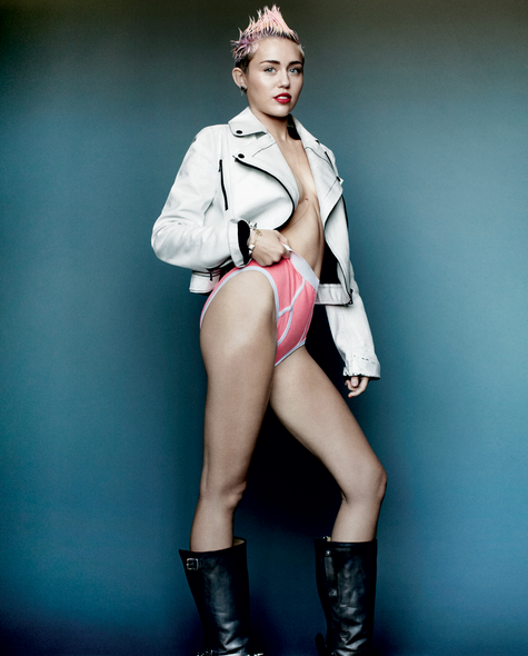 Snapshot-Miley-Cyrus-By-Mario-Testino-For-V-Magazine-Spring-2013