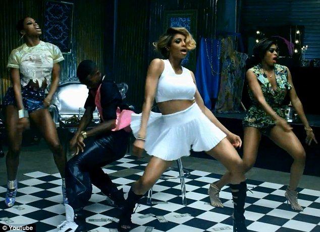 vibe-vixen-ciara-im-ou-dance-moves-4