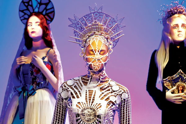 The-Fashion-World-of-Jean-Paul-Gaultier