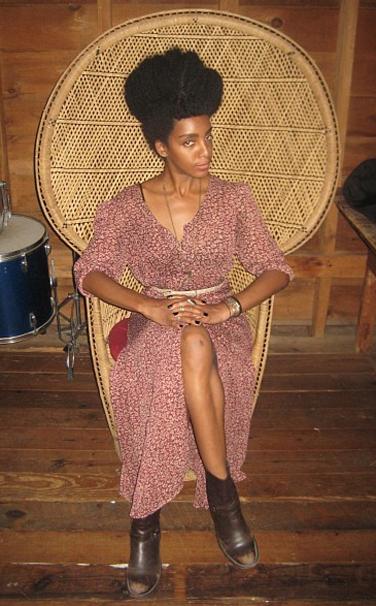 10-best-dressed-bloggers-cipriana_143309202947.jpg_bestdressed_item