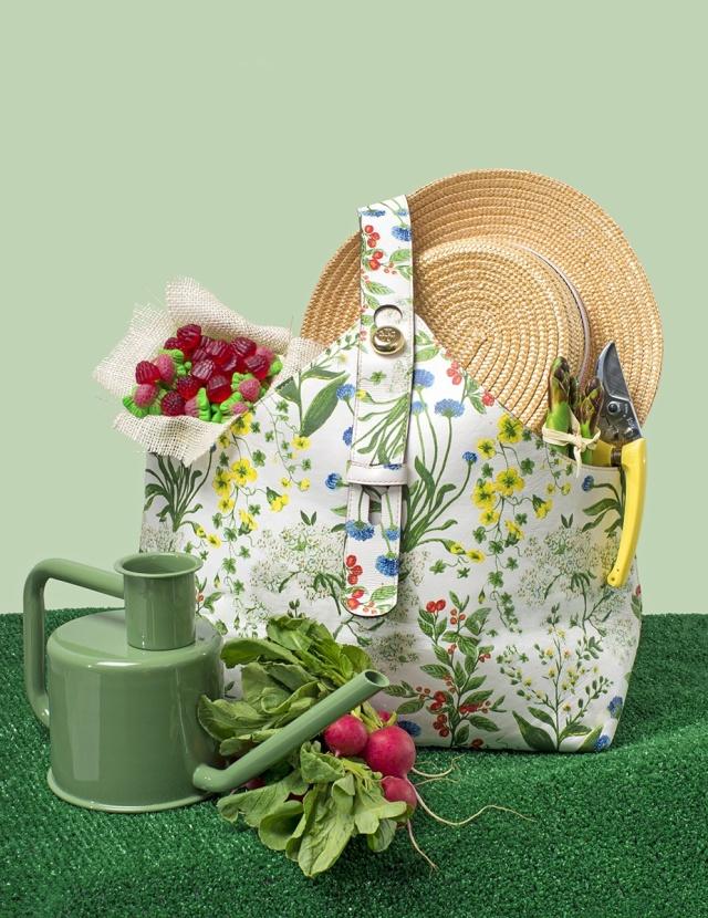 Easter-Basket-Bags-02_110358750951.jpg_gallery_max