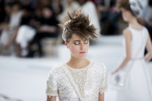 chanel-couture-fall-2014-17_153911140640.jpg_carousel_parties