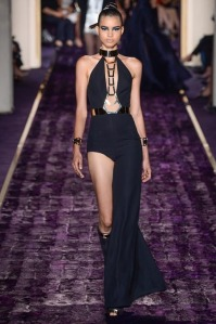 atelier-versace-fall-2014-couture-18_144951591111