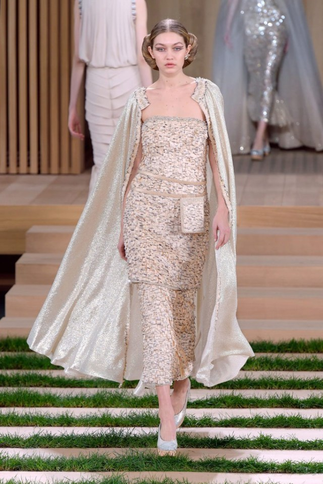 gigi-hadid-chanel-spring-2016-couture-show